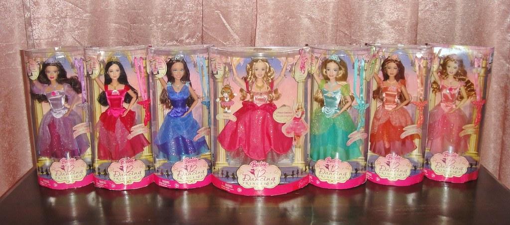 2006 Barbie In The 12 Dancing Princesses Adult Princesses Dolls