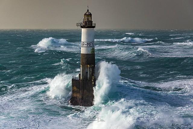 Ar-Men  phare de l'île de sein