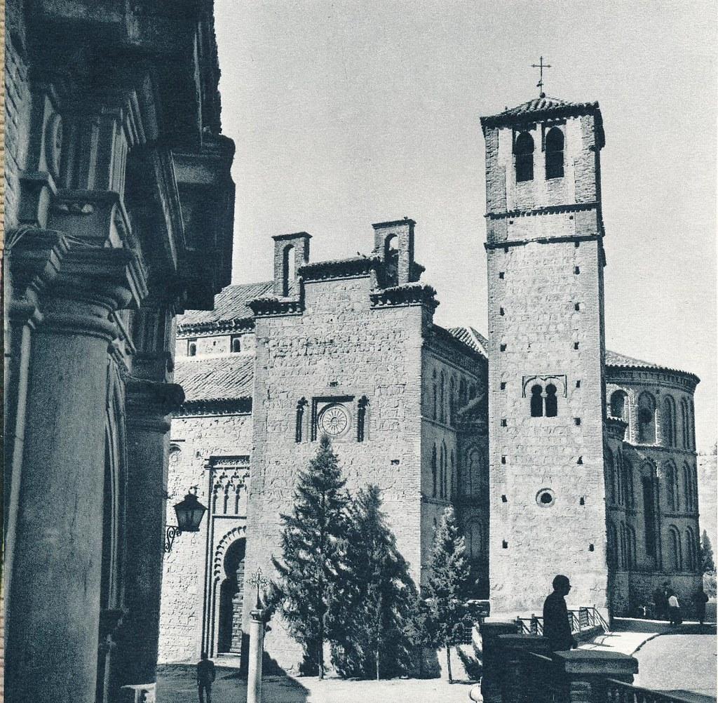 Santiago del Arrabal en Toledo hacia 1967 por Marc Flament.
