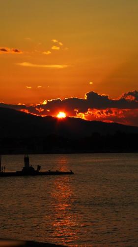 sunset sea sky clouds outdoor greece peloponnese peloponnisos 169ratio peloponisos aigio achaia θαλασσα ελλαδα αχαια συννεφα ουρανοσ πελοποννησοσ αιγιο δυσηηλιου panasoniclumixdmctz40 αιγιαλεια mediterranean hellas pspthèmesunsetcoucherdesoleil