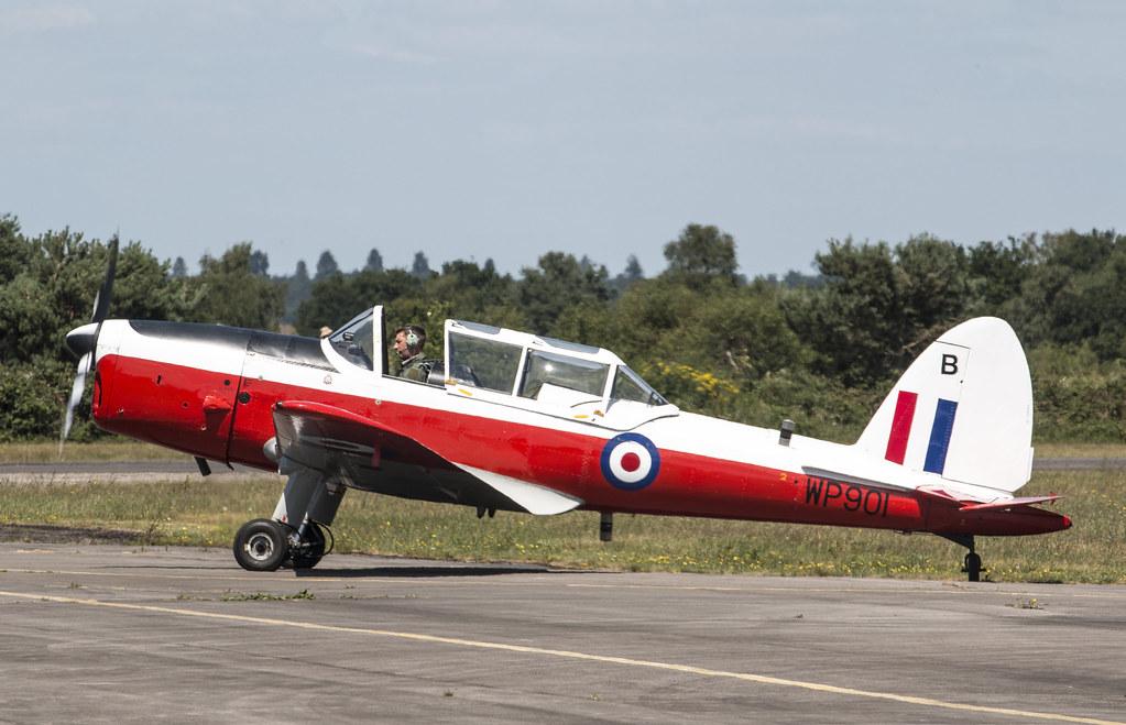 EGLK - de Havilland DHC-1 Chipmunk T10 - WP901