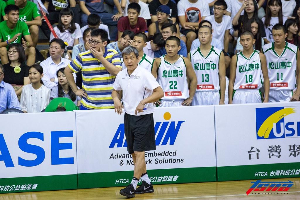 松山高中教練黃萬隆。(資料照。特約記者高旭朮/現場拍攝)