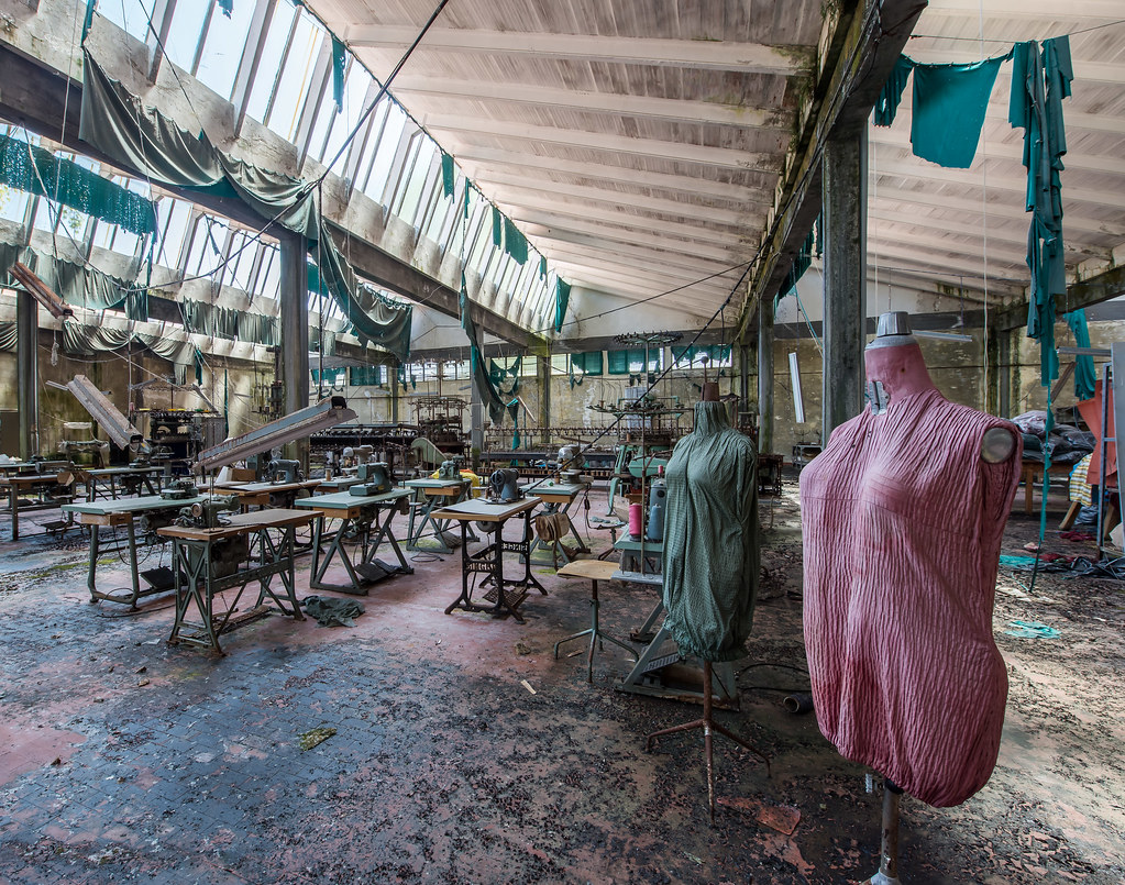 Textil factory | Of those places that captivate you as soon