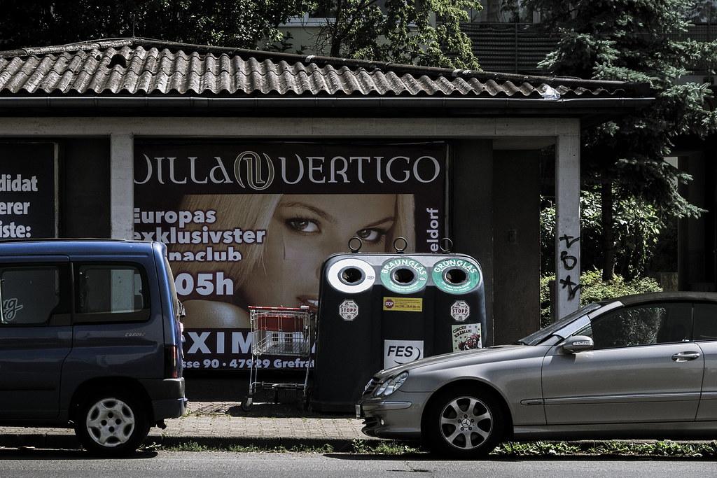 Villa Vertigo | Frankfurt sex club advertising www.villa
