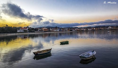agua water sunset puestadesol color cielo heaven marina seaphotography paisaje landscape naturaleza nature nikon nikond800 costa pueblo barcas barges boats embarcaciones freshair ricohgrii