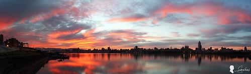多圖接圖 photomerge 火燒雲 skyfire 台灣 台北 日出 忠孝碼頭 canon ef1740 taiwan taipei clouds sunrise sky 天空 倒影
