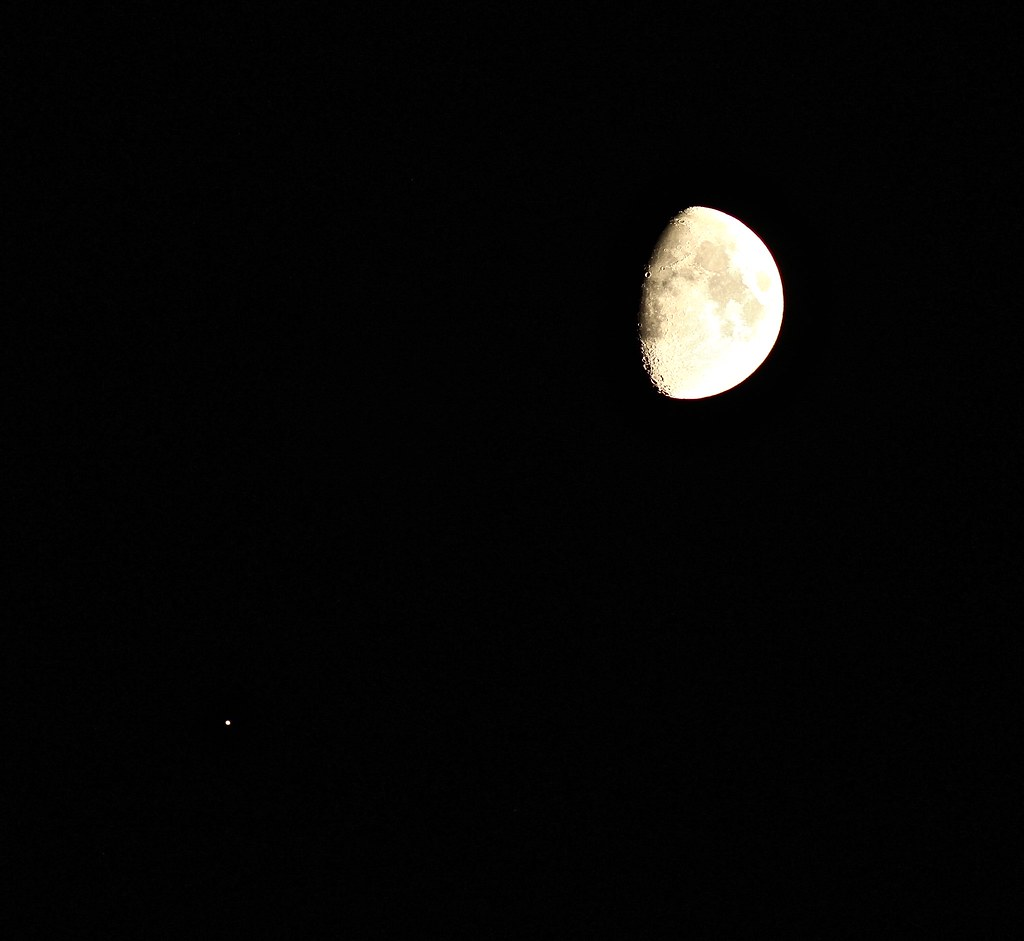 Conjunction of the Moon and Jupiter | Thrilled the skies cle