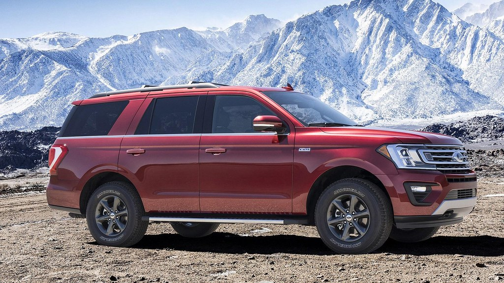 FORD EXPEDITION  FX4 2018