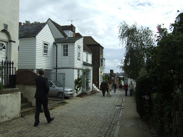 Upper Upnor High Street