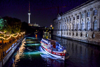 Walking on the bridges around Berlin's Museum Island | by lifetravelandmore