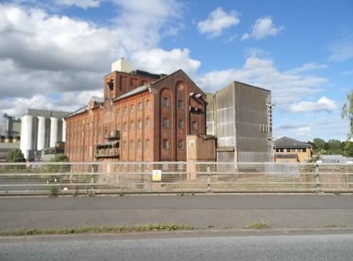 warehouse   by satguru