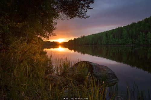 vaajakoski auringonnousu nikond610 kesä2017 kesä summer landscape nature reflections rock trees forest river suomi finland sunset view morning clouds tamron 2470mm light sun
