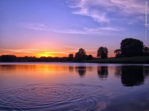 sunset sunsetting kansas johnsoncounty joco park lake heritagepark 2017 june june2017 usa