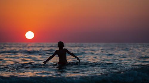 sanibel sanibelisland miamifl beach beachscape seashore seascape sea walking waterways walkingaround sunset sun people children afternoon lateafternoon outdoors