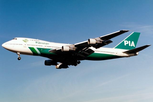 Pakistan International Airlines   Boeing 747-200   AP-AYV   London Heathrow