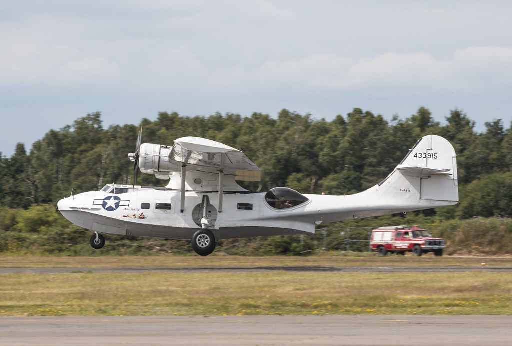 EGLK - Consolidated PBY Catalina - 433915 / PBY-5A