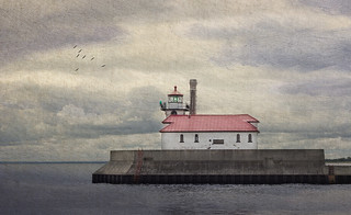 Harbor Light house DuluthA | by ronphoto2009