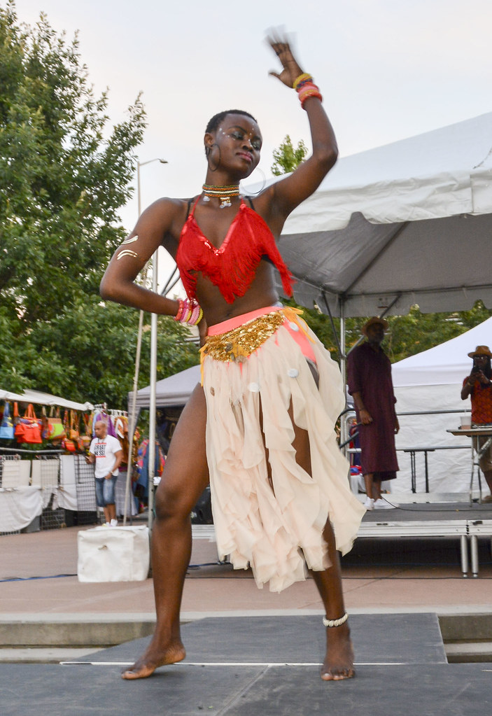 Taiwo Aloba's Afrobeat dance @ the International African A…   Flickr