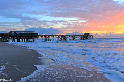 pier cocoabeach florida ocean water beach strand sunrise sonnenaufgang light clouds sky color waves seascape