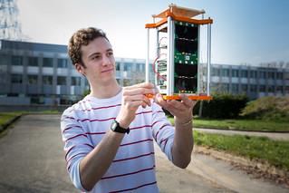 Projet scientifique collectif X CUBE SAT Crédit photographique : © École polytechnique - J.Barande