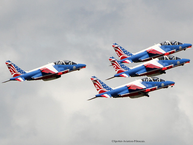 La Patrouille de France (French-Air Force).