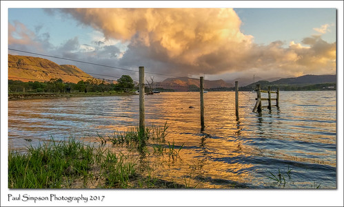 lgg3 mobilephonephotography cellphoneimages lakedistrict ullswateratsunset sunset ullswater cumbria water lake paulsimpsonphotography nature fence imagesof imageof photoof photosof grass evening england may2017 mountains hills clouds goldenhour reflection waterreflection landscape sky cloud