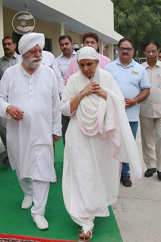 Arrival of Her Holiness at Satsang Bhawan Laksher