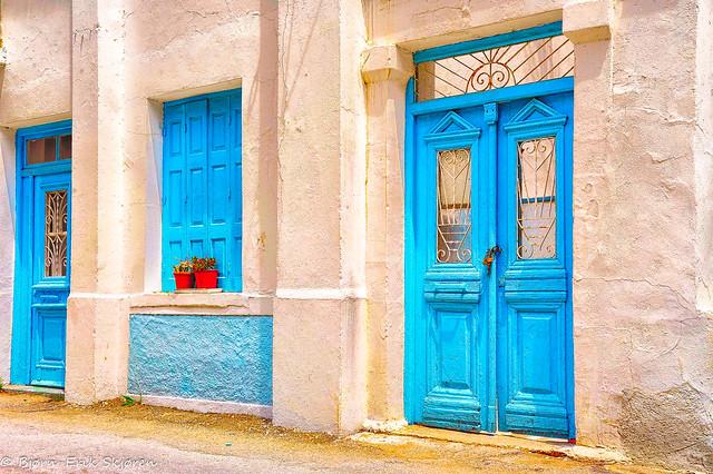Karpathian windows and doors / Vinduer og dører på Karphatos