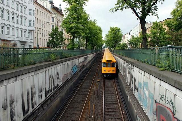 Die U-Bahn in der Schönhauser Allee