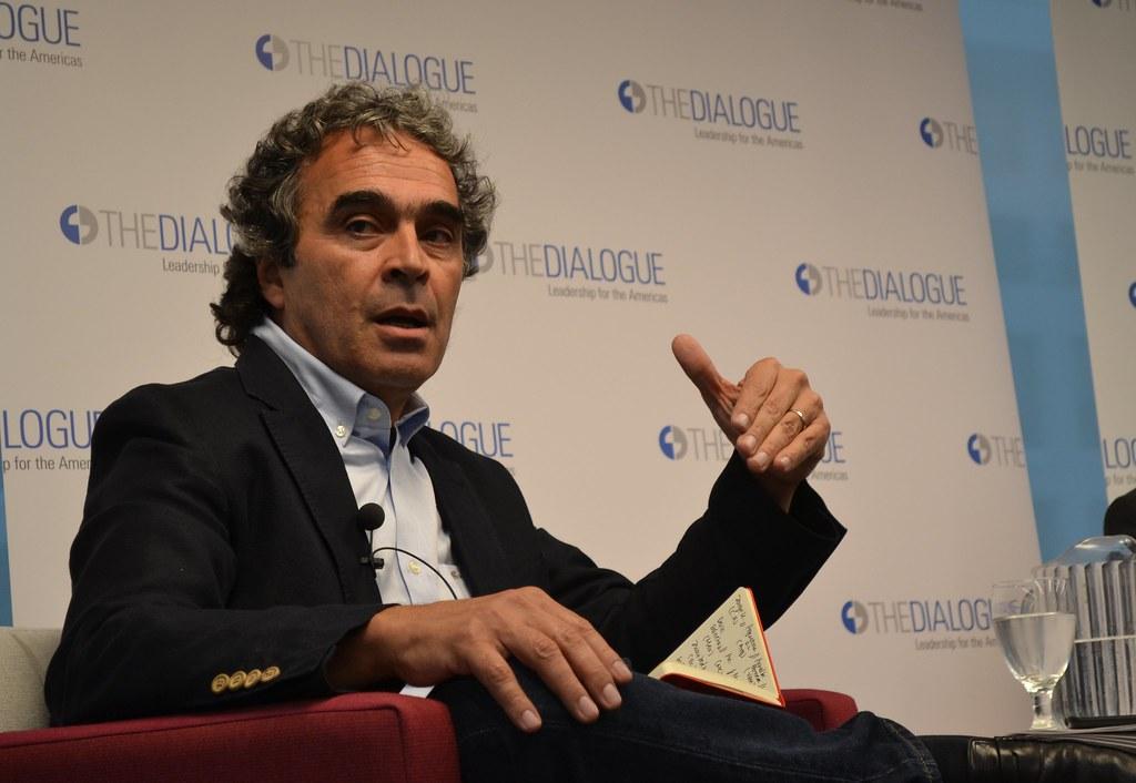 A Conversation with Sergio Fajardo | Sergio Fajardo | Inter-American  Dialogue | Flickr