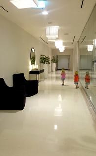 2017 - UAE - Hotel - Hallway Burgerking Crowns   by SeeJulesTravel