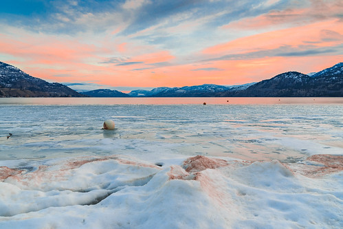 penticton britishcolumbia canada ca day26 365 365project project365 365photochallenge redditphotoproject okanagan okanaganlife exploreokanagan visitokanagan beautifulbc hellobc visitbc explorebc sunset pentictonbc explorepenticton visitpenticton penticontourism skaha skahalake pretty snow ice mountains landscape lake