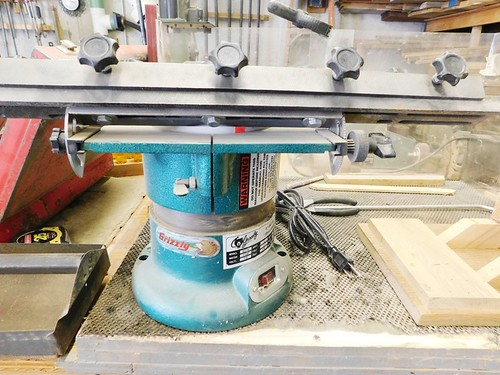 Grizzly surface sander | by thornhill3