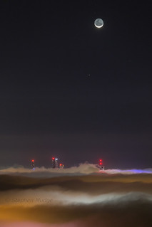 Moon and Mercury above foggy Brisbane #3 | by Stephen Mudge