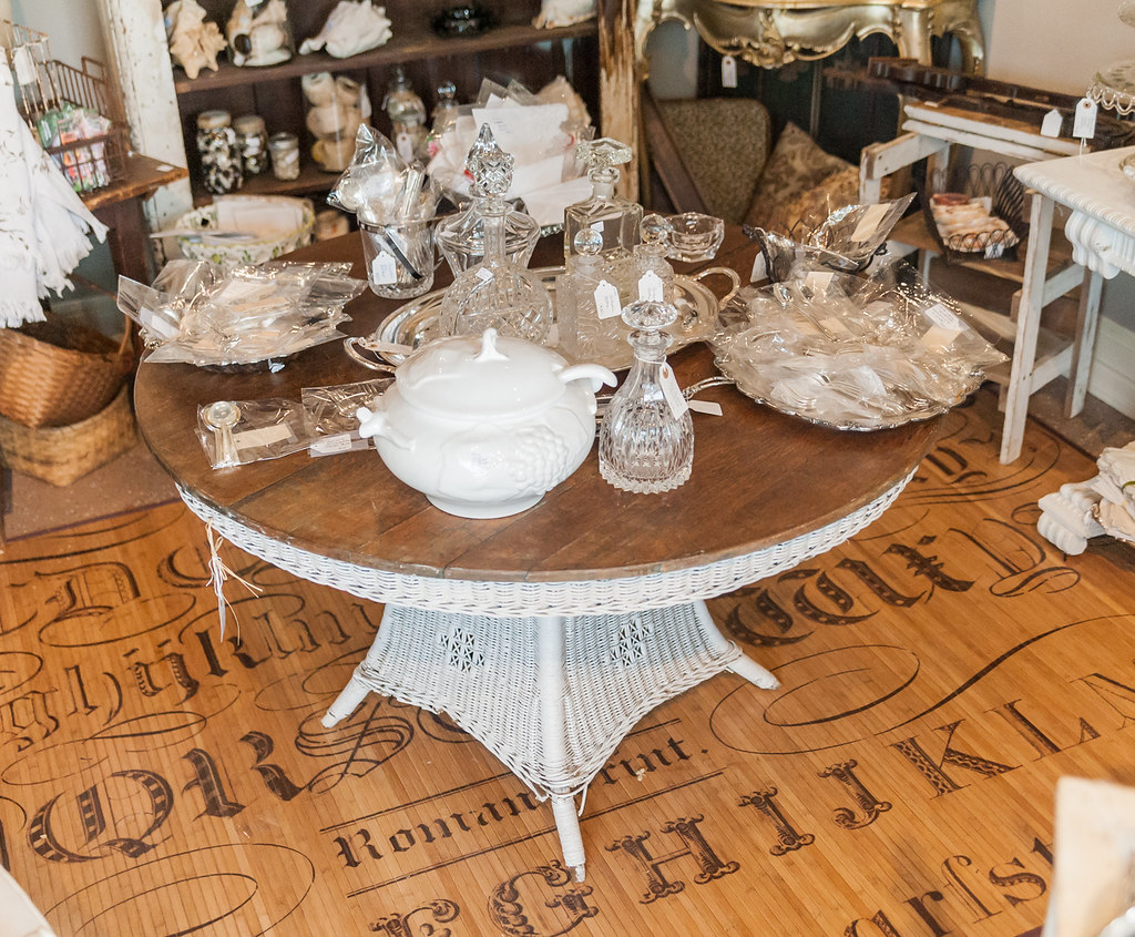 Adjectives Featured Finds in Winter Park by Main Street Vintage