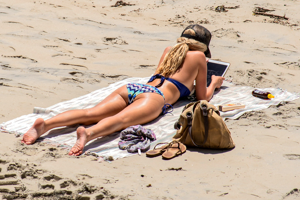 Beach Babes Readin Tablet Book | David Gibby | Flickr