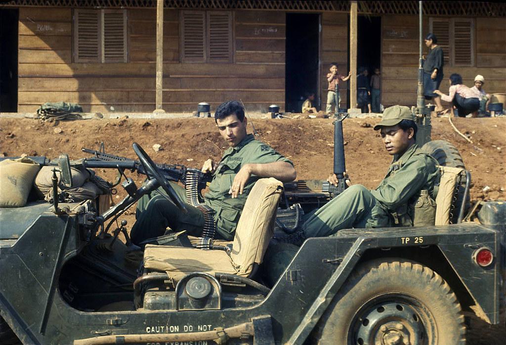 Vietnam War - Pleiku - GI with m60 machine gun in the 4th