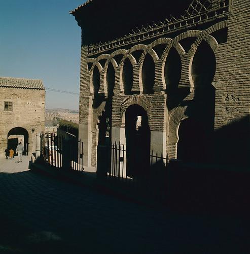 Mezquita del Cristo de la Luz. Toledo en los años 50. Fotografía de Nicolás Muller  © Archivo Regional de la Comunidad de Madrid, fondo fotográfico