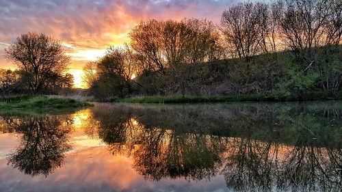 sunrise dawncolor spectacular reflections