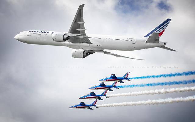 Patrouille de France + 777 Air France