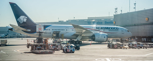 Aeromexico B788 (MEX) | by ruifo