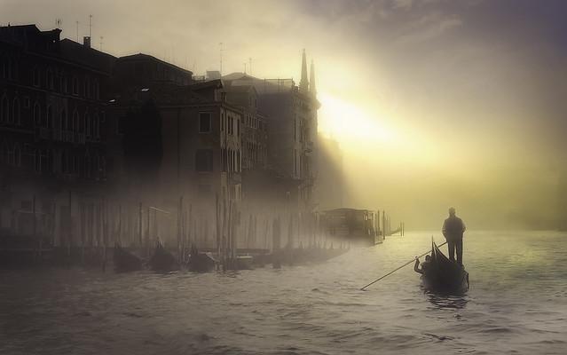 Venetian paths  40