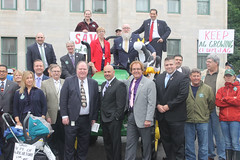Rep. Dubitsky stands alongside fellow State Legislators and Senators to oppose  the consolidation of CT Farm Bureau into the Department of Agriculture.