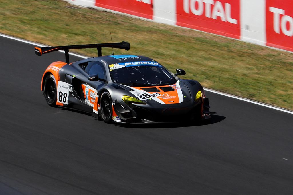 #88 Garage 59 - McLaren 650S : Alexander West / Chris Goodwin