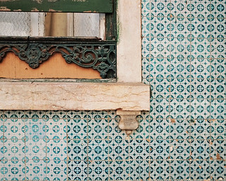 love the lisbon details | by L. Grainne