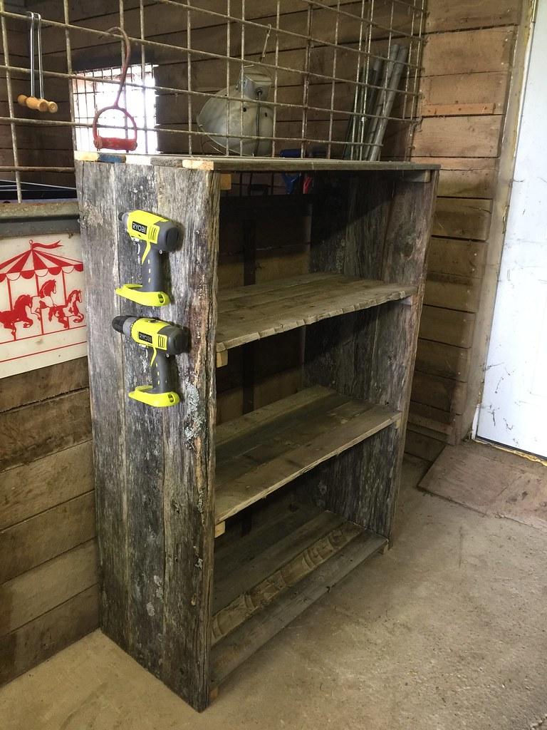 Easy Diy Pallet Barn Shelves Www 1001pallets Com 2017 06 E