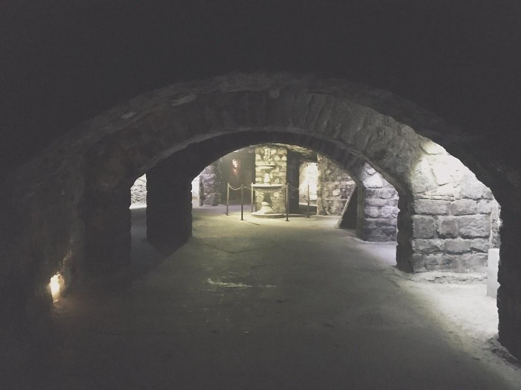 Labirintus-luolasto