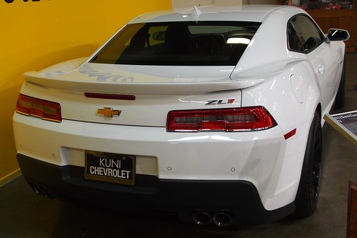 2015 Chevrolet Camaro ZL1 3 Photo