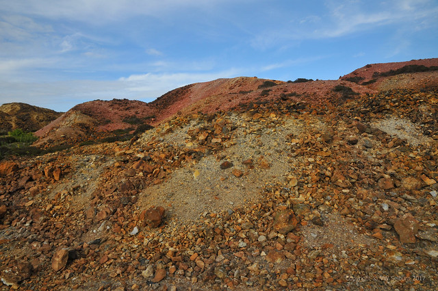 Natural colour variations in Parys Mountain grounds