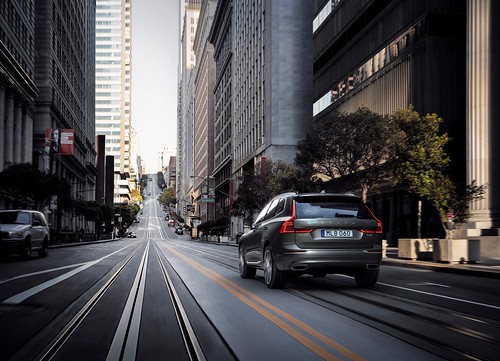 2018 Volvo XC60: The Urban Automotive Experience Photo